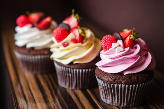 Cupcakes med chokolade og kokos